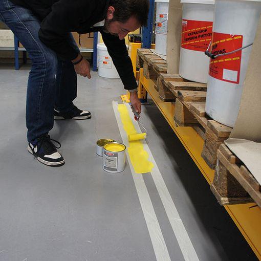 Watco Epoxy Ligne Ultra appliqué dans un entrepôt