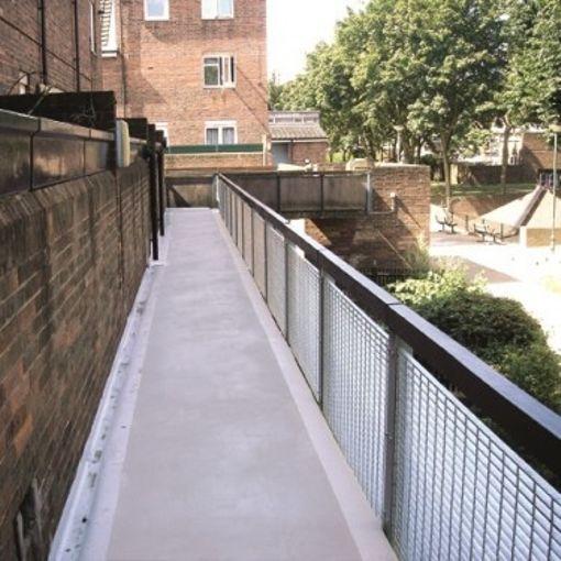 peinture sp cial balcon peinture de sol industrielle watco. Black Bedroom Furniture Sets. Home Design Ideas