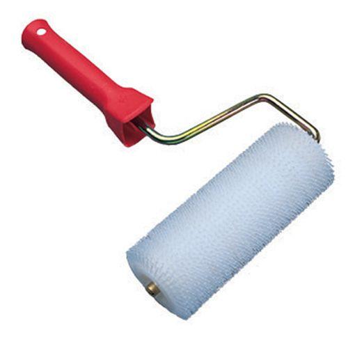 Watco Rouleau Débulleur. Empêche la formation de bulles d'air sur les produits de ragréage ou autolissants avant qu'ils ne sèchent pour obtenir une finition parfaitement lisse